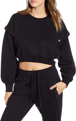 Ivy Park R) Armour Poppers Crop Sweatshirt