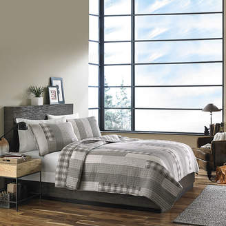 Eddie Bauer Fairview Grey Quilt Set