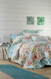 Levtex Nikea Watercolor Floral Quilt
