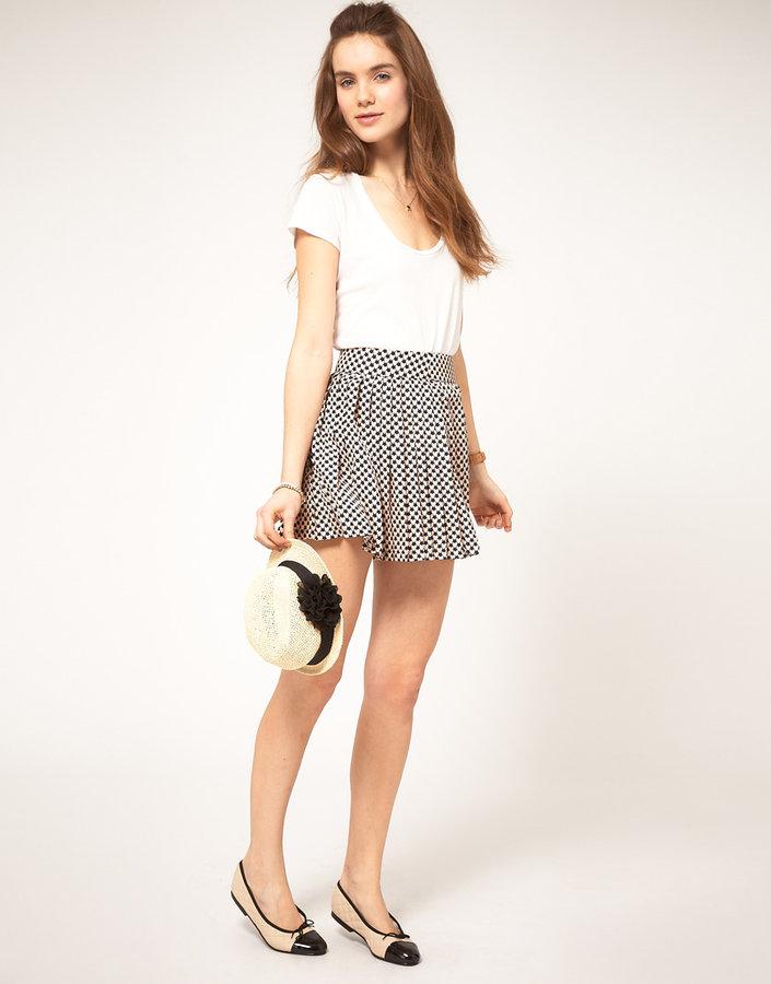 A|Wear Skirt With Heart Print
