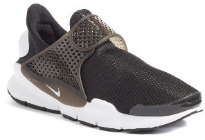 Women's Nike Sock Dart Breathe Sneaker $140 thestylecure.com