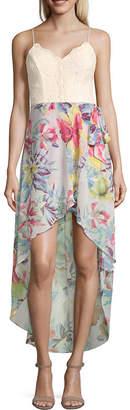 City Triangle Sleeveless Maxi Dress-Juniors