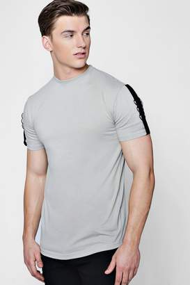 boohoo Drop Shoulder T-Shirt With Taping