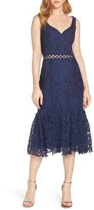 Harlyn Sweetheart Neck Lace Midi Dress