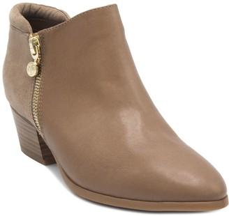 8f6914a1012 Gloria Vanderbilt Deanna Women s Ankle Boots