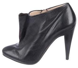Prada Leather Round-Toe Ankle Boots Black Leather Round-Toe Ankle Boots