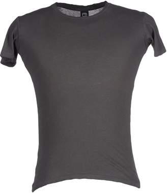 Alternative Apparel T-shirts - Item 37800610