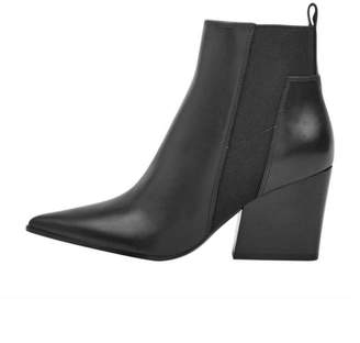 KENDALL + KYLIE Finch Leather Booties