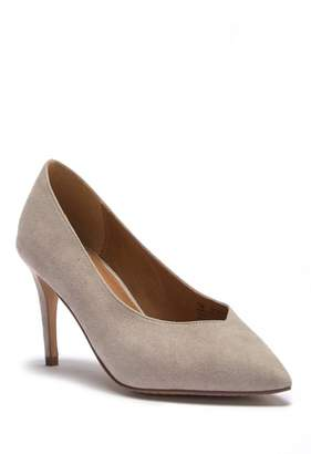 14th & Union Margot Pointed Toe Pump