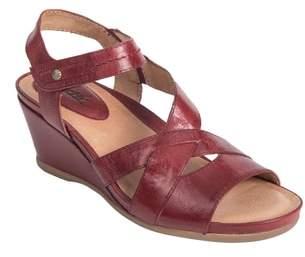 Earth R) Thistle Wedge Sandal