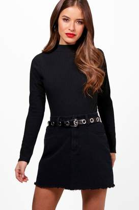 boohoo Petite Turtle Neck Knitted Bodysuit