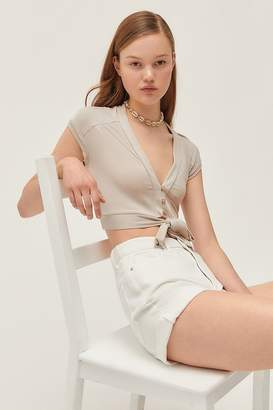 56e316ee Urban Outfitters Agatha Tie-Front Button-Down Cropped Top