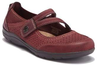 Earth Origins Tiffany Leather Mary-Jane Flat - Wide Width Available