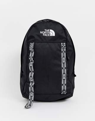 The North Face Lineage Ruck 23L in black