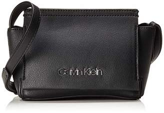 Calvin Klein Crossbody Shoulder Bags for Women - ShopStyle UK 4ba1c231d2498
