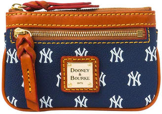 Dooney & Bourke MLB Yankees Small Coin Case