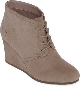 ARIZONA Arizona Lacie Wedge Ankle Booties $60 thestylecure.com