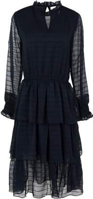 Minimum Knee-length dresses - Item 34891805KH