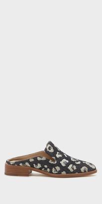 Febe | Black Leather Mule | Shop Pour La Victoire $245 thestylecure.com