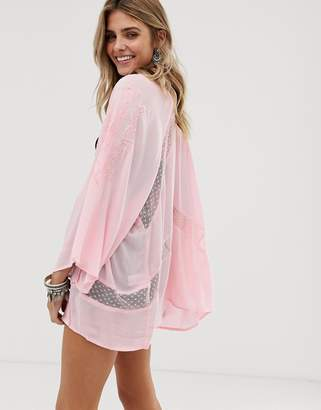 En Creme embroidered kimono with lace insert detail