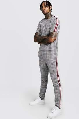 boohoo MAN Signature Check T-Shirt & Jogger With Tape
