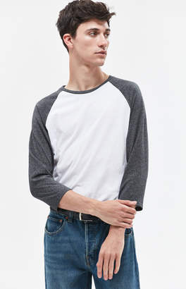 GUESS Pacsun Cosmas Scallop 3/4 Sleeve Raglan T-Shirt