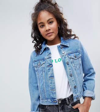 Asos Tall DESIGN Tall denim shrunken jacket in midwash blue