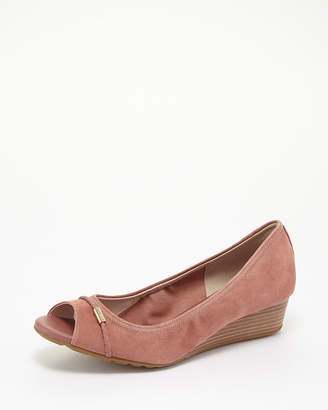 Cole Haan (コール ハーン) - Cole Haan Women CEDARWOOD SUEDE EMORY WEDGE BRD 40 II