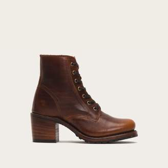 The Frye Company Sabrina 6G Lace Up