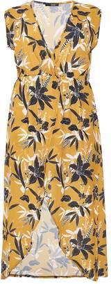 Quiz Curve Mustard And Black Floral Print Wrap Dress