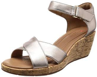 836b1527e954 Clarks Women s Un Plaza Cross Ankle Strap Sandals