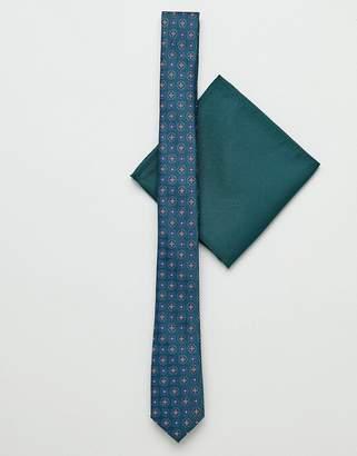 Asos DESIGN slim tie in geo print and pocket square in green