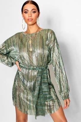 boohoo Metallic Plisse Blouson Belted Dress
