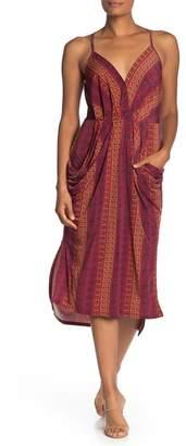 BCBGeneration Drape Pocket Geometric Midi Dress