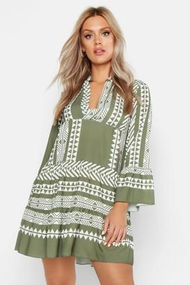boohoo Plus Aztec Smock Dress
