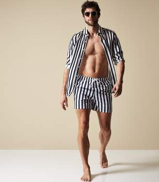 Reiss Our last order date for Christmas has now passed FLINT STRIPED SWIM SHORTS Navy