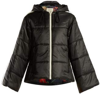 Gucci Logo Ribbon Quilted Jacket - Womens - Black