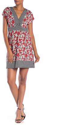 Max Studio V-Neck Print Short Sleeve Dress