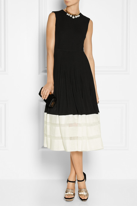 Alexander McQueen Pleated jersey-crepe and organza dress