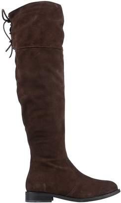 Eye Boots