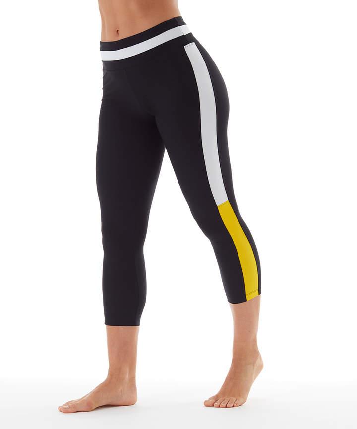 Black & Yellow Win Crop Leggings - Women