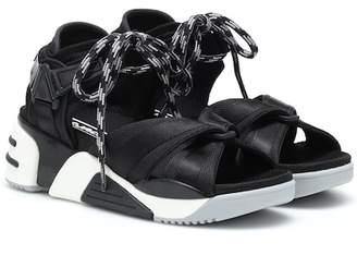 Marc Jacobs Somewhere Sport sandals
