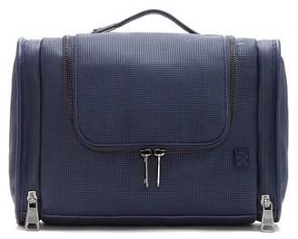Vince Camuto Lecco – Leather Travel Kit