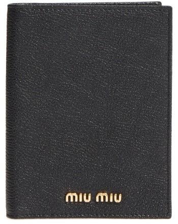 Miu MiuWomen's Miu Miu Leather Passport Case - Black