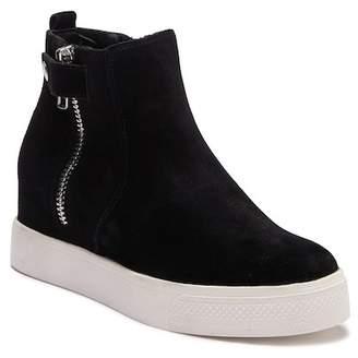 Steve Madden Laguna Suede Sneaker