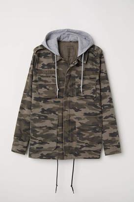 H&M Short Parka with Hood - Khaki green/patterned - Men
