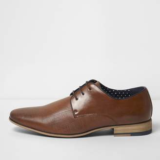 Mens Tan textured lace-up formal shoes