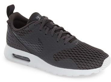 Men's Nike 'Air Max Tavas Se' Sneaker