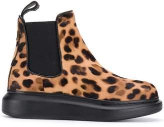 17ec75eaf Alexander McQueen leopard print chelsea boots