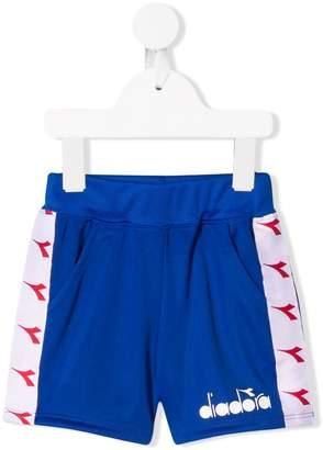Diadora Junior side logo stripes shorts